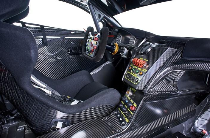 Honda NSX GT3 Interior - Honda NSX GT3 to go on sale for customers - Honda NSX GT3