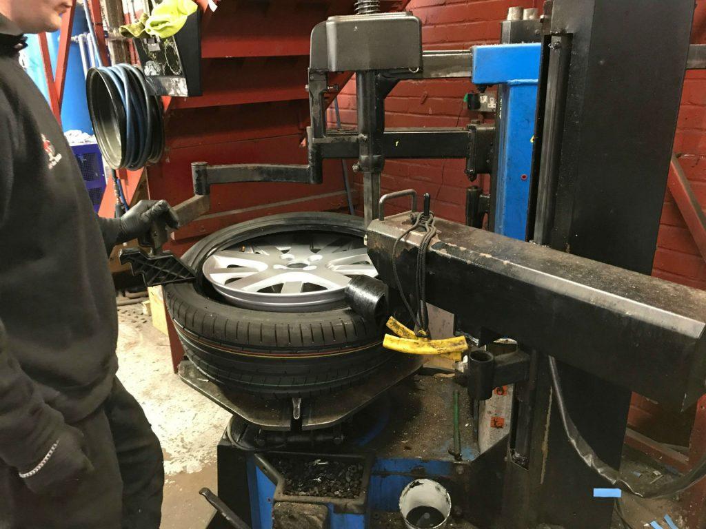 Pristine Alloy Wheels Review 21 carwitter 1024x768 - Toyo T1R Proxies Vs Dunlop Sport Maxx RT2 - Toyo T1R Proxies Vs Dunlop Sport Maxx RT2