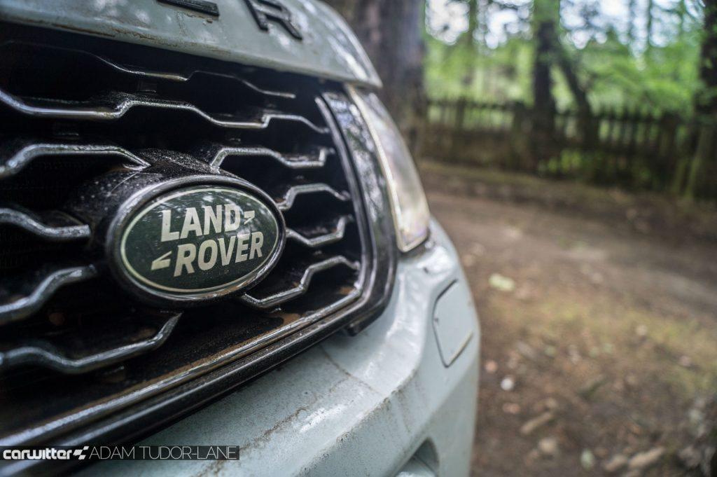 2017 Range Rover Evoque Convertible Review Land Rover Badge carwitter 1024x681 - Range Rover Evoque Convertible Review - Range Rover Evoque Convertible Review