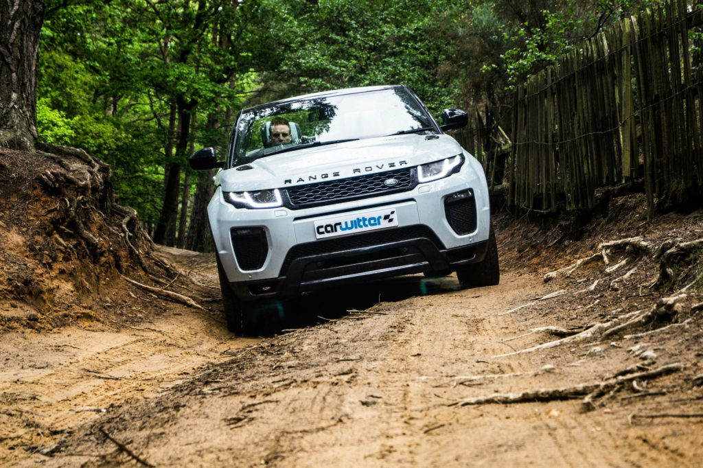 2017 Range Rover Evoque Convertible Review Off Road Front carwitter 1024x682 - Range Rover Evoque Convertible Review - Range Rover Evoque Convertible Review