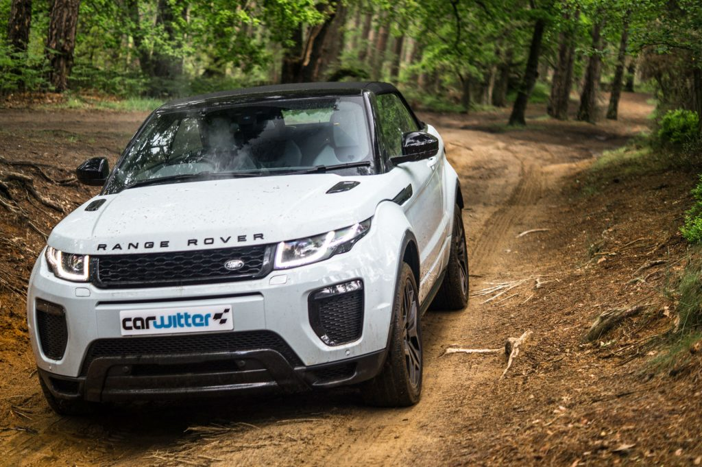 2017 Range Rover Evoque Convertible Review Roof Up carwitter 1024x681 - Range Rover Evoque Convertible Review - Range Rover Evoque Convertible Review