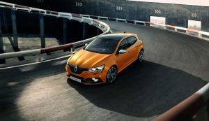 2017 Renault Megane RS Front carwitter 300x173 - Renault release 2017 Megane RS - Renault release 2017 Megane RS