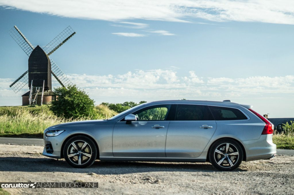 Volvo V90 D5 Power Pulse AWD Review Side carwitter 1024x681 - Volvo V90 Power Pulse Review - Volvo V90 Power Pulse Review