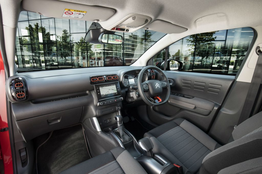 2017 Citroen C3 Aircross SUV Review Interior carwitter 1024x683 - Citroen C3 Aircross Review - Citroen C3 Aircross Review
