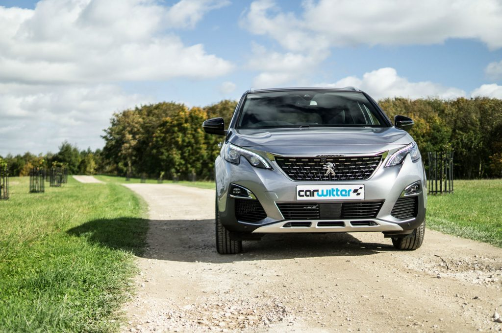 2017 Peugeot 5008 SUV Review Front Scene carwitter 1024x681 - New Peugeot 5008 SUV Review - New Peugeot 5008 SUV Review