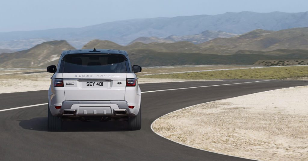 Land Rover 2018 Range Rover Sport Back 1024x538 - 2018 Range Rover Sport is Land Rover's first ever plug-in hybrid - 2018 Range Rover Sport is Land Rover's first ever plug-in hybrid