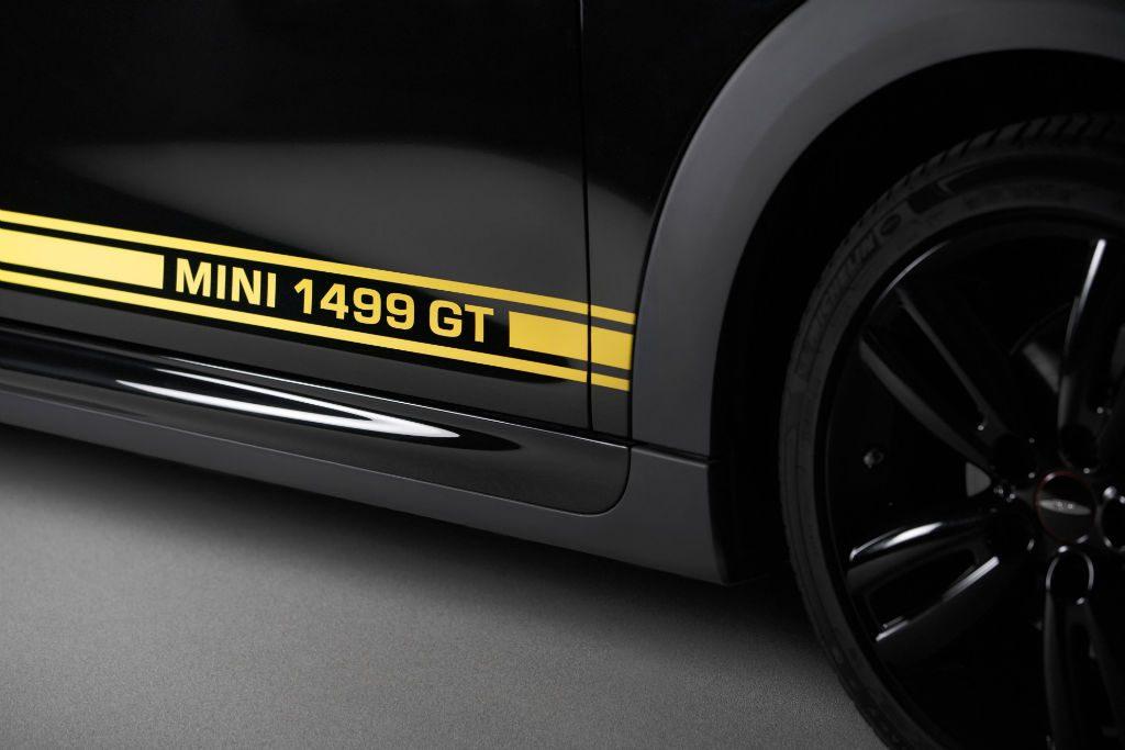 Mini 1499 GT Stripe Detail 1024x683 - Mini Launch 1499 GT Special Edition - Mini Launch 1499 GT Special Edition