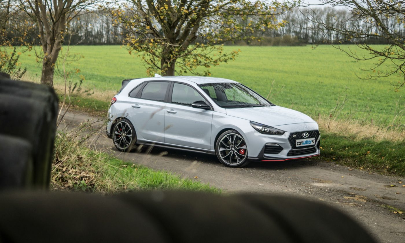 2018 Hyundai i30N Performance Pack Review Side Angle Scene carwitter 1400x840 - Hyundai i30N Performance Pack Review - Hyundai i30N Performance Pack Review