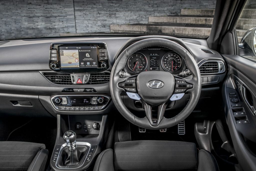 2018 Hyundai i30N Performance Pack Review Steering Wheel carwitter 1024x683 - Hyundai i30N Performance Pack Review - Hyundai i30N Performance Pack Review