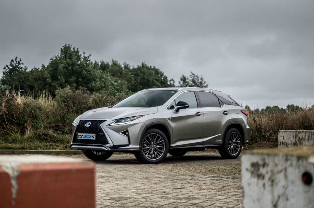 2017 Lexus RX 450h F Sport Review Side Scene carwitter 1024x681 - 2017 Lexus RX 450h F Sport Review - 2017 Lexus RX 450h F Sport Review