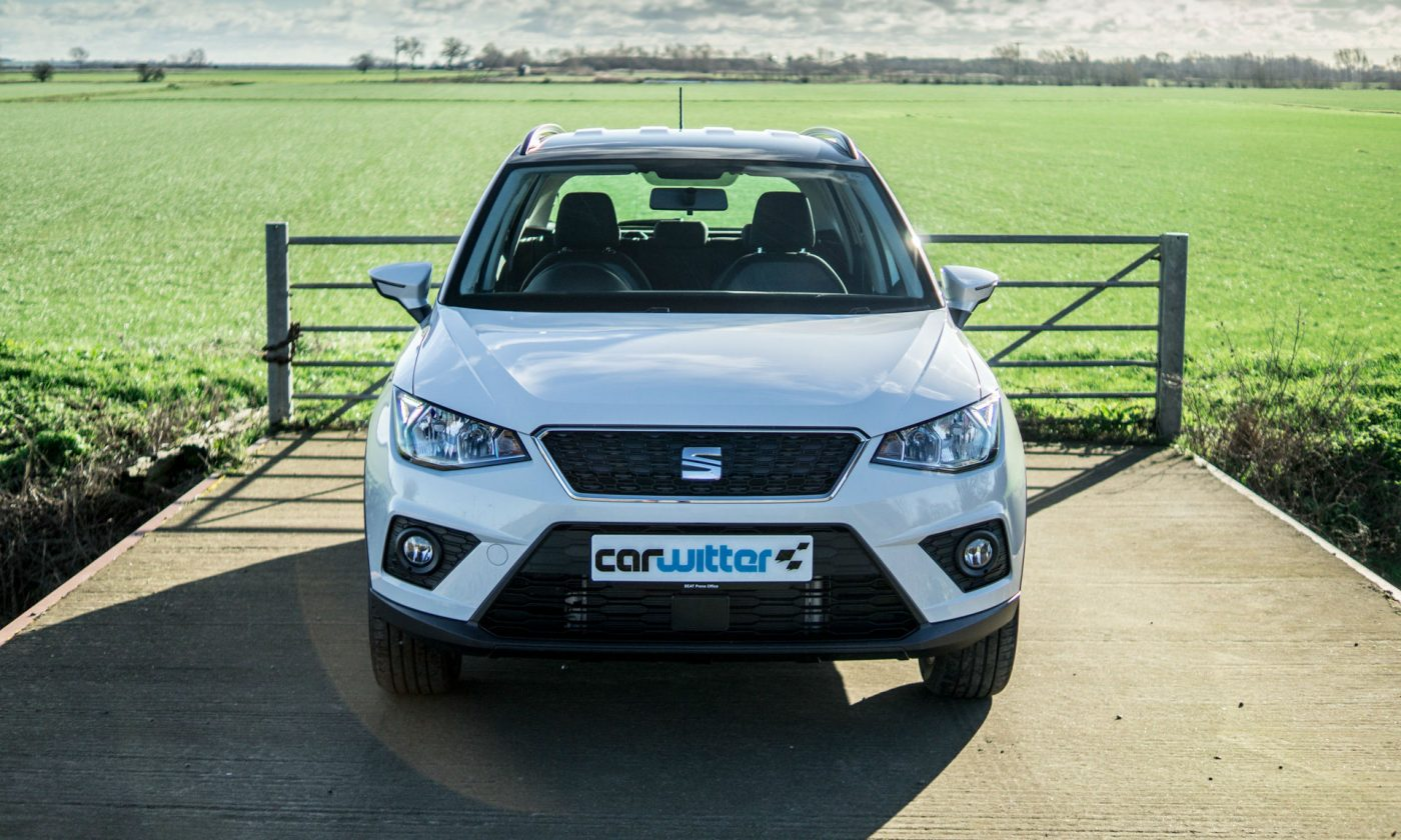 2018 SEAT Arona Review Front Scene carwitter 1400x840 - SEAT Arona Review 2018 - SEAT Arona Review 2018