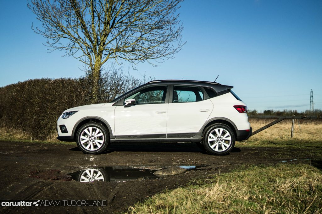 2018 SEAT Arona Review Side On carwitter 1024x681 - SEAT Arona Review 2018 - SEAT Arona Review 2018
