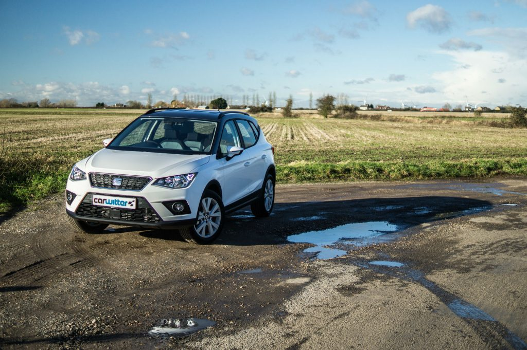 2018 SEAT Arona Review Side Scene carwitter 1024x681 - SEAT Arona Review 2018 - SEAT Arona Review 2018