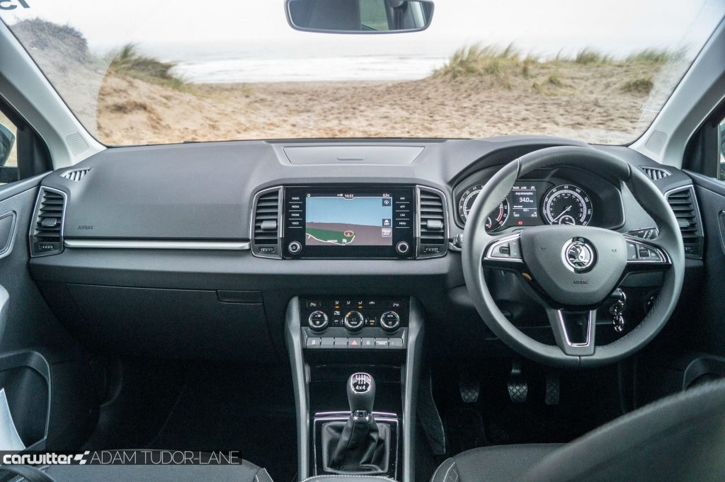 2018 Skoda Karoq 4x4 Review Interior Dashboard carwitter 1024x681 - Skoda Karoq 4x4 Review - Skoda Karoq 4x4 Review