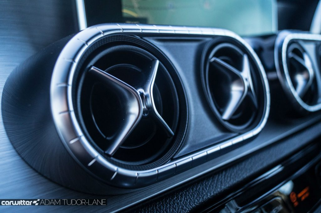 2018 Mercedes Benz X Class Review Air Vents carwitter 1024x681 - Mercedes X Class Review - Mercedes X Class Review