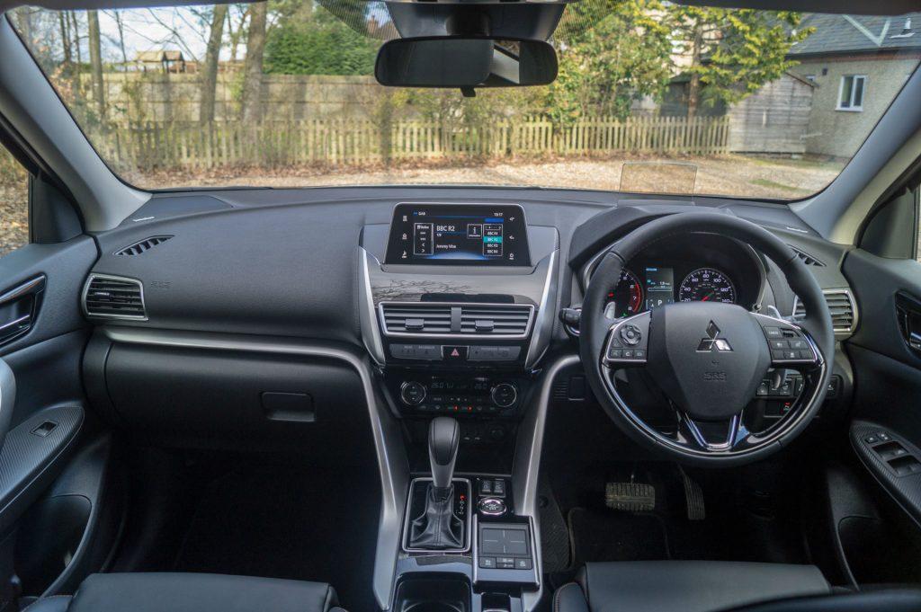 2018 Mitsubishi Eclipse Cross Review Dashboard carwitter 1024x681 - Mitsubishi Eclipse Cross Review - Mitsubishi Eclipse Cross Review