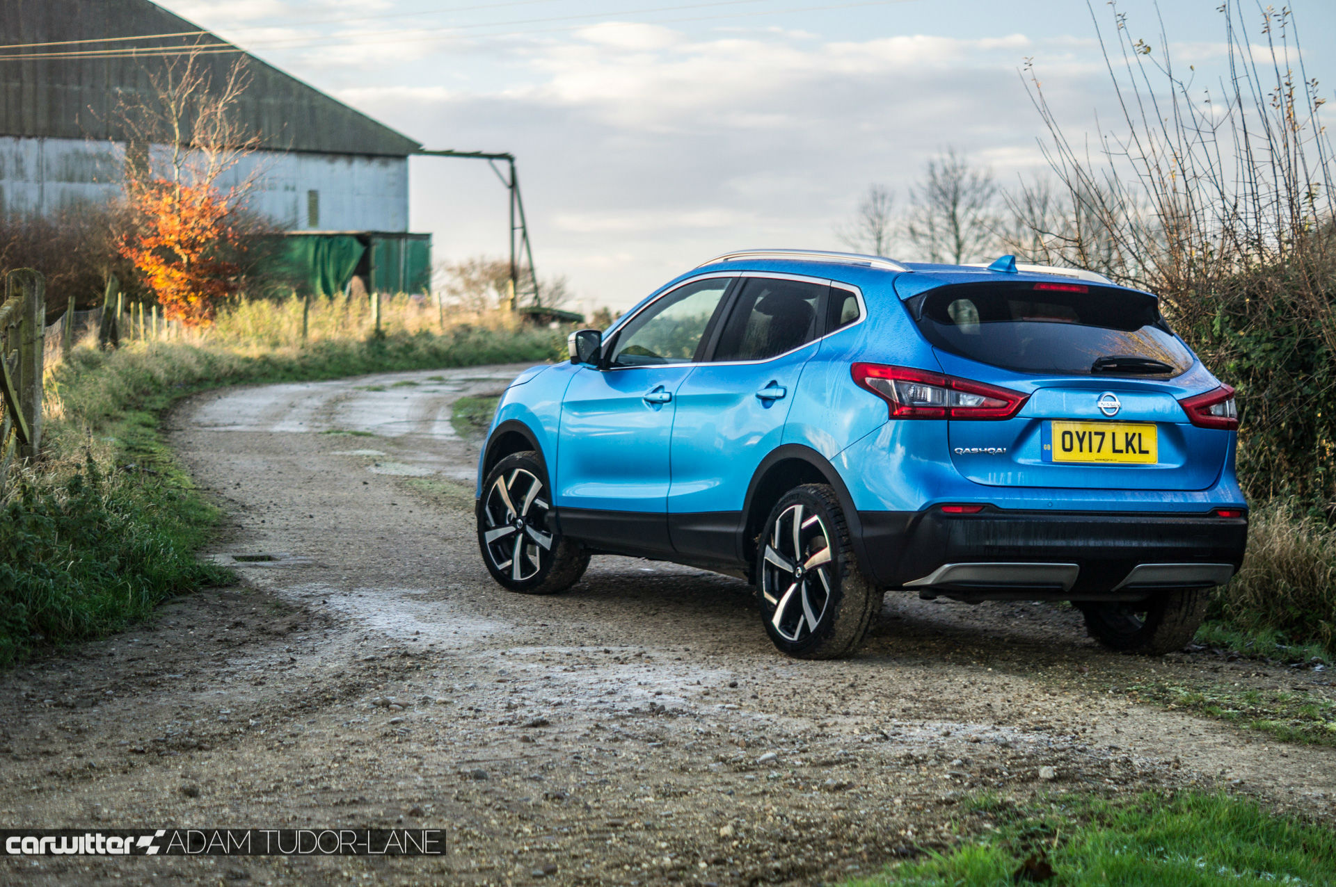 2018 Nissan Qashqai Review Rear Angle carwitter - Top 10 Best Selling Cars in Ireland 2020 - 2018 Nissan Qashqai Review - Rear Angle - carwitter
