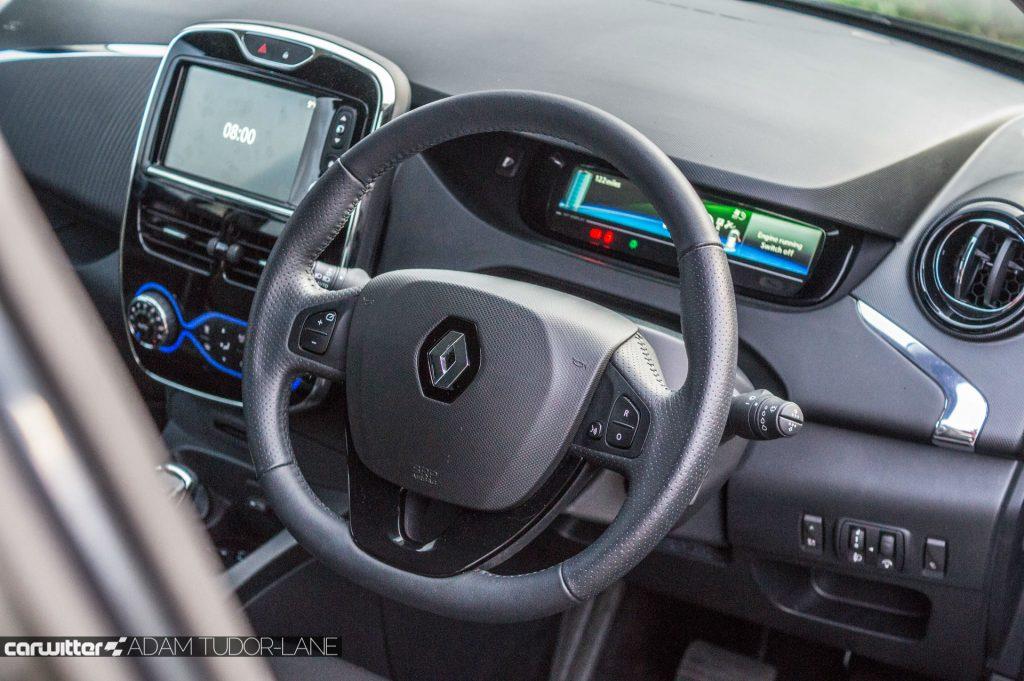 2018 Renault ZOE 40 Review Steering Wheel carwitter 1024x681 - My week with ZOE - My week with ZOE