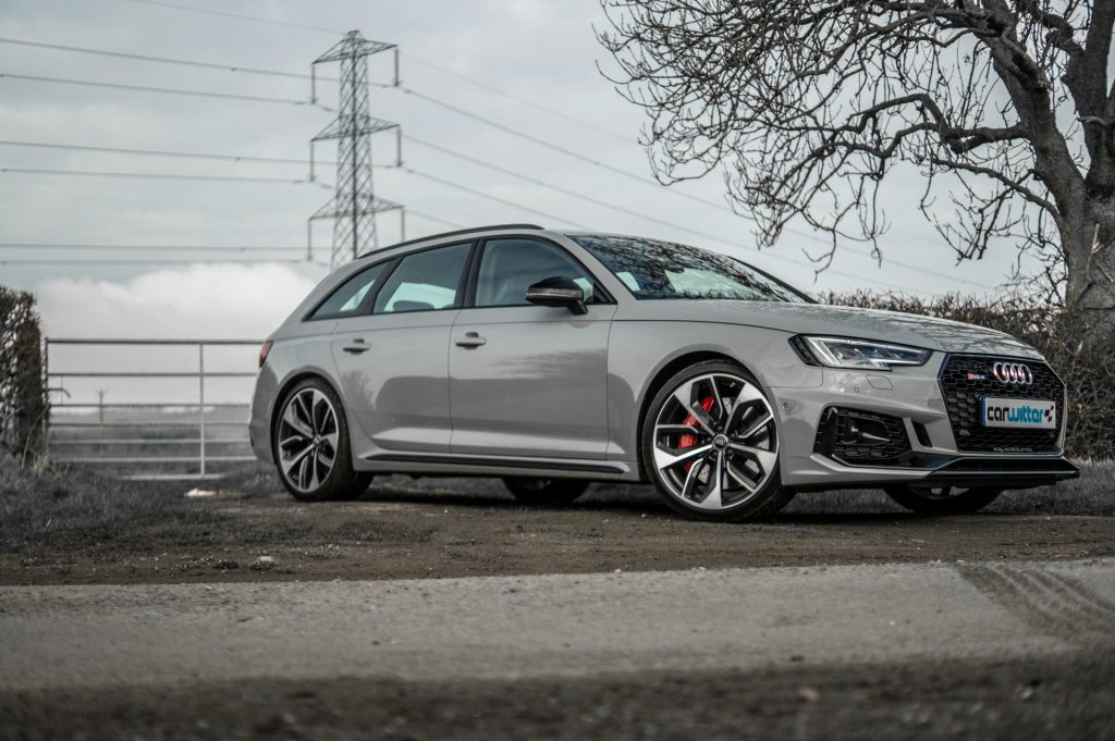 2018 Audi RS4 Review Front Angle Low carwitter 1024x681 - 2018 Audi RS4 Avant Review - 2018 Audi RS4 Avant Review