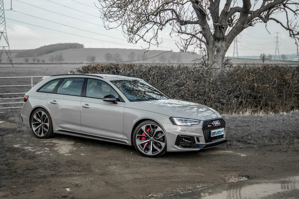 2018 Audi RS4 Review Front Angle carwitter 1024x681 - 2018 Audi RS4 Avant Review - 2018 Audi RS4 Avant Review