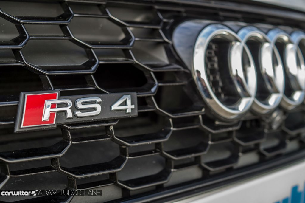 2018 Audi RS4 Review Front Badge carwitter 1024x681 - 2018 Audi RS4 Avant Review - 2018 Audi RS4 Avant Review