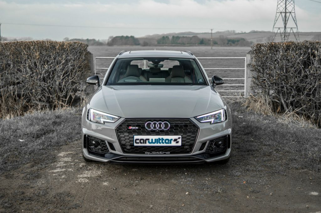 2018 Audi RS4 Review Front carwitter 1024x681 - 2018 Audi RS4 Avant Review - 2018 Audi RS4 Avant Review