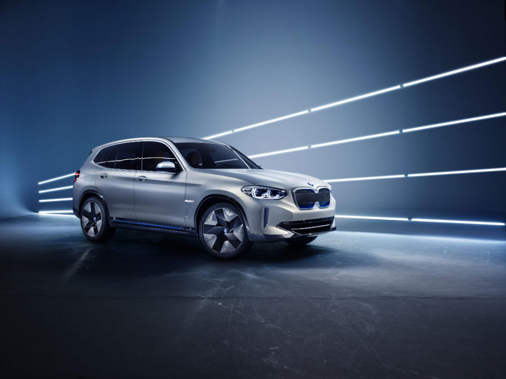 BMW iX3 Concept Car - BMW Preview iX3 Concept Car - BMW Preview iX3 Concept Car