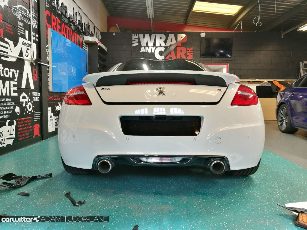 WeWrapAnyCarMK Peugeot RCZ R 002 carwitter 1024x768 - Changing the look of your car, with wrapping - Changing the look of your car, with wrapping