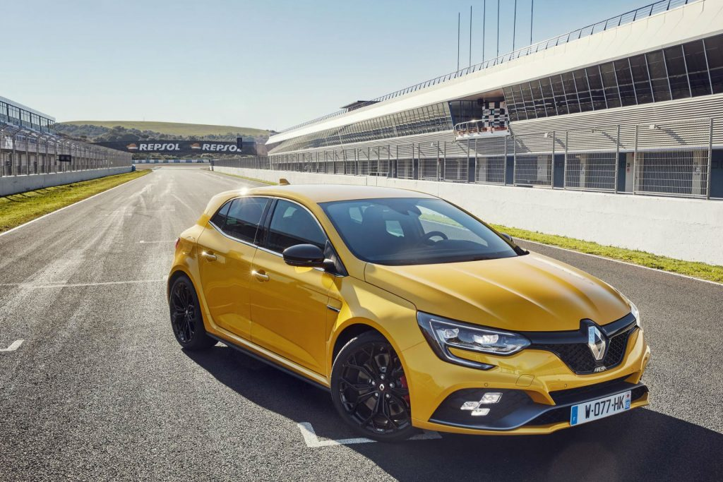 2018 Renault Megane RS Front carwitter 1024x683 - 2018 Megane RS from £27,495 - 2018 Megane RS from £27,495
