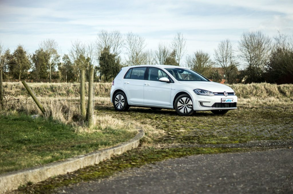 2018 VW eGolf Review Main carwitter 1024x681 - 2018 VW e-Golf Review - 2018 VW e-Golf Review