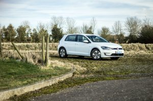 2018 VW eGolf Review Main carwitter 300x199 - 2018 VW e-Golf Review - 2018 VW e-Golf Review