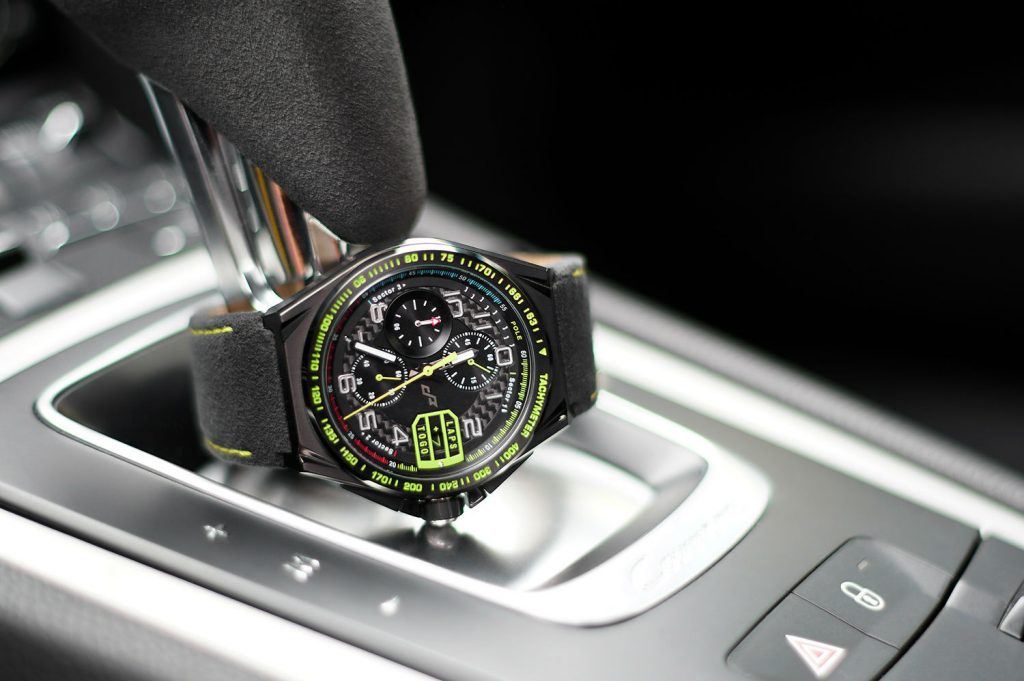 PaceMasters Paddock Chonograph 003 carwitter 1024x681 - This F1 inspired watch looks incredible - This F1 inspired watch looks incredible