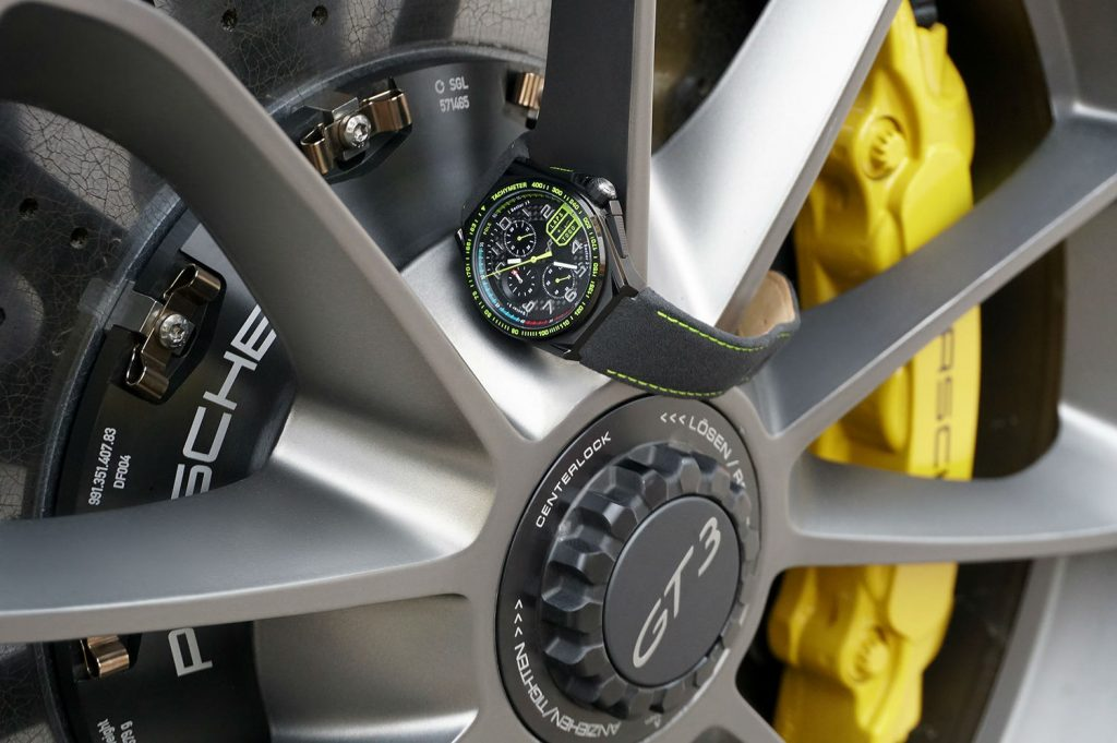 PaceMasters Paddock Chonograph 007 carwitter 1024x681 - This F1 inspired watch looks incredible - This F1 inspired watch looks incredible