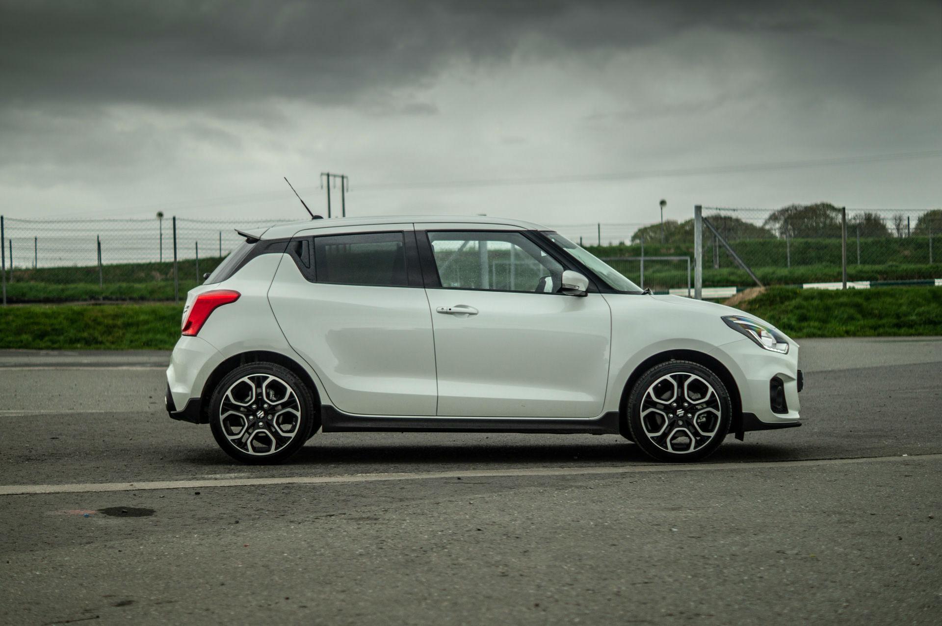 Suzuki Swift Sport >> 2018 Suzuki Swift Sport Review Carwitter