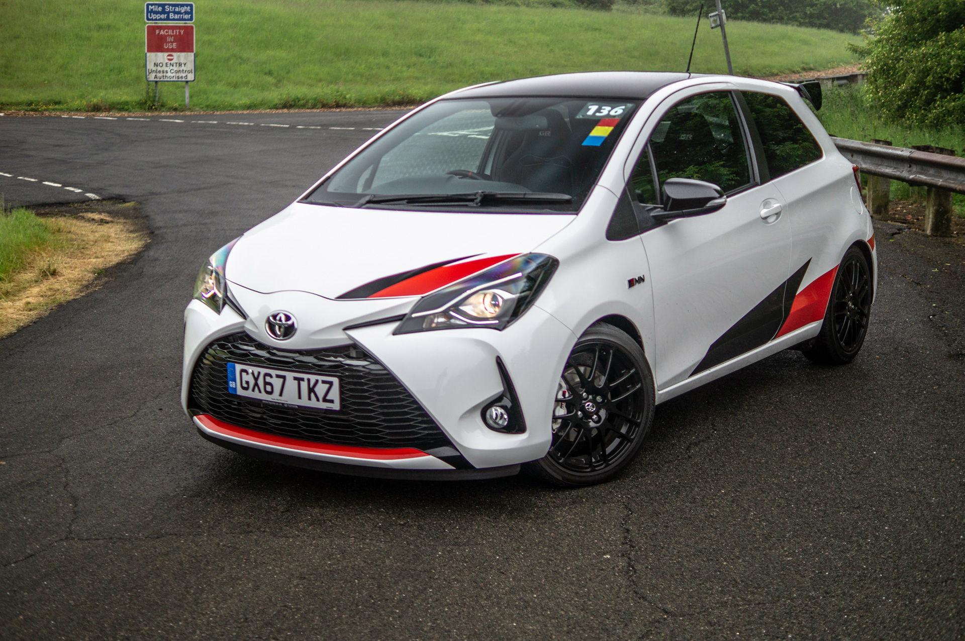 Toyota Yaris Grmn >> 10 Minutes With A Toyota Yaris Grmn Carwitter