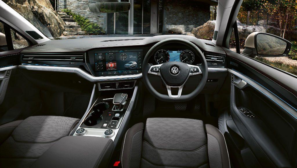 Volkswagen Touareg 2018 Interior 1024x579 - New Volkswagen Touareg Available to Order - New Volkswagen Touareg Available to Order
