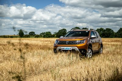 2018 Dacia Duster Review Front Angle carwitter 400x266 - 2018 Dacia Duster Review - 2018 Dacia Duster Review