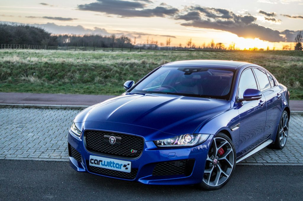 2018 Jaguar XE S Review Front Close carwitter 1024x681 - 2018 Jaguar XE S Review - 2018 Jaguar XE S Review