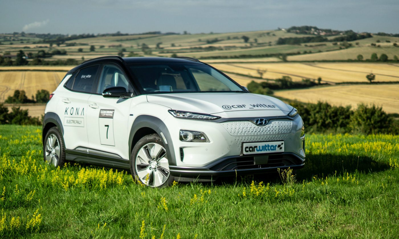 2018 Hyundai Kona Electric 64 KWh Review Close Angle carwitter 1400x840 - How the number of electric car sales in the UK has improved - How the number of electric car sales in the UK has improved