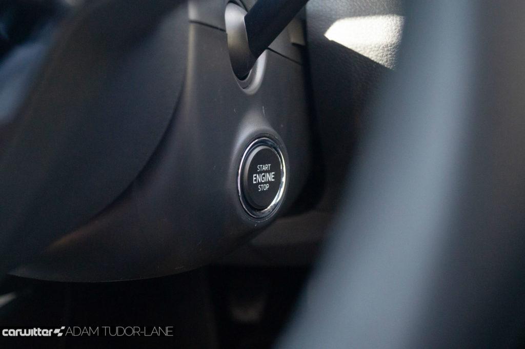 2018 Facelift Skoda Fabia Review Push Start Button carwitter 1024x681 - Skoda Fabia 2018 Review - Skoda Fabia 2018 Review
