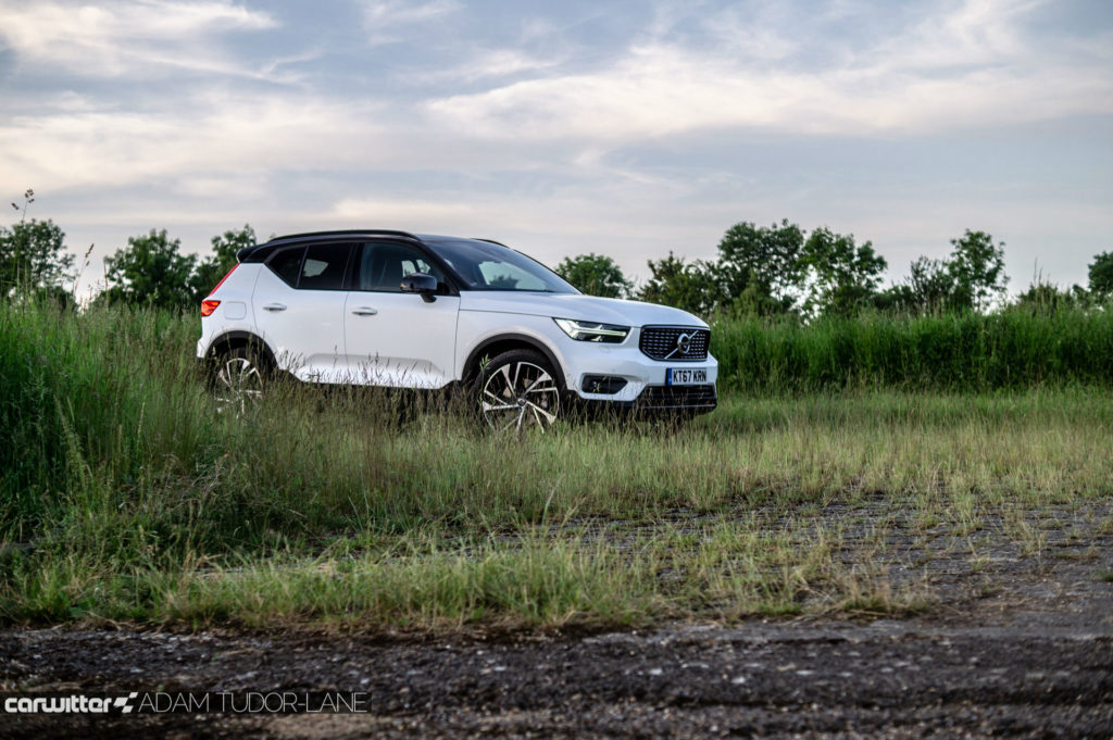 2018 Volvo XC40 First Edition Review Side Angle Low carwitter 1024x681 - Volvo XC40 Review - Volvo XC40 Review