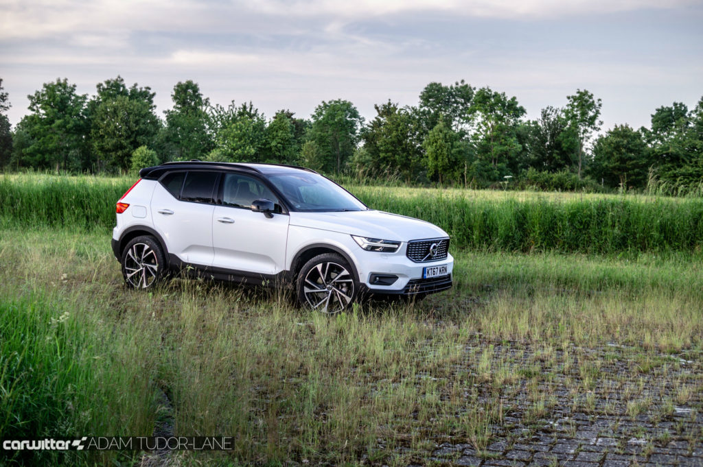 2018 Volvo XC40 First Edition Review Side Angle carwitter 1024x681 - Volvo XC40 Review - Volvo XC40 Review