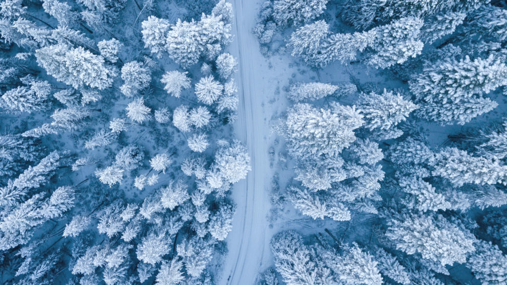Snow Winter Road Birds Eye View carwitter 1024x576 - Winter driving - the ultimate preparation guide - Winter driving - the ultimate preparation guide