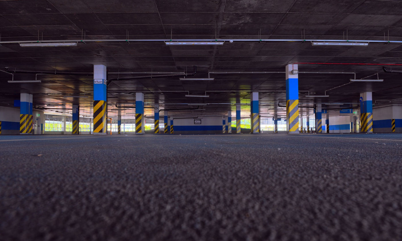 Parking Warehouse Car Storage carwitter 1400x840 - What to consider when looking for car storage - What to consider when looking for car storage