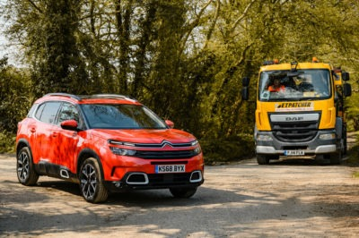 Citroen Patch UK Potholes 009 400x266 - Citroen helps smooth over UK potholes amid record figures - Citroen helps smooth over UK potholes amid record figures