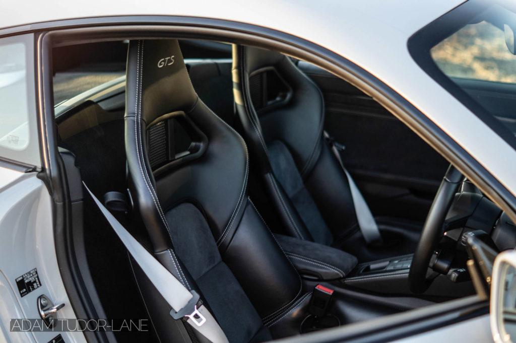 2019 Porsche 718 Cayman GTS Seats carwitter 1024x681 - 2019 Porsche Cayman 718 GTS Review - 2019 Porsche Cayman 718 GTS Review