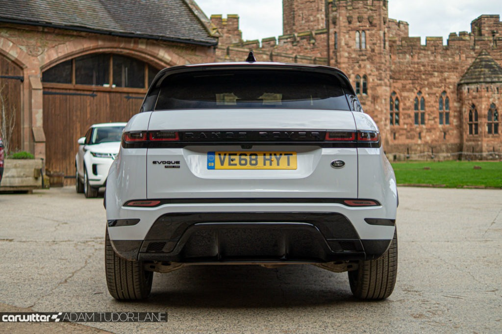 2019 Range Rover Evoque Review Rear carwitter 1024x681 - 2019 Range Rover Evoque Review - 2019 Range Rover Evoque Review
