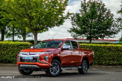 2019 Mitsubishi L200 Series 6 Review Front Angle Close carwitter 400x266 - Mitsubishi L200 Series 6 Review - Mitsubishi L200 Series 6 Review
