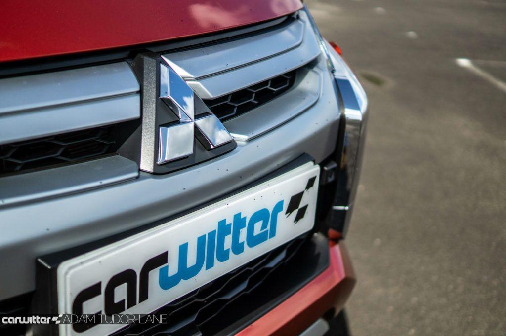 2019 Mitsubishi L200 Series 6 Review Front Badge carwitter 1024x681 - Mitsubishi L200 Series 6 Review - Mitsubishi L200 Series 6 Review
