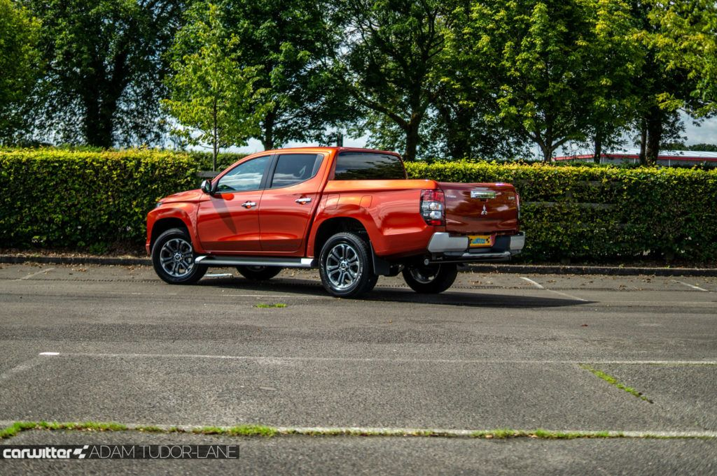 2019 Mitsubishi L200 Series 6 Review Rear Angle carwitter 1024x681 - Mitsubishi L200 Series 6 Review - Mitsubishi L200 Series 6 Review